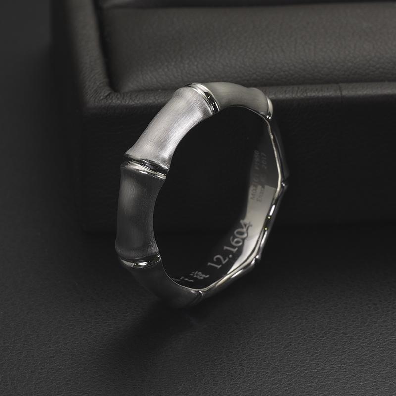 백금으로 만든 밤부링 반지