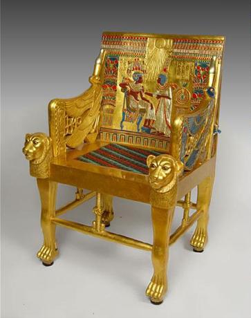 투탕카멘 황금의자